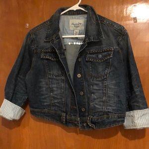 Cute mid waist jean jacket! Lightly worn